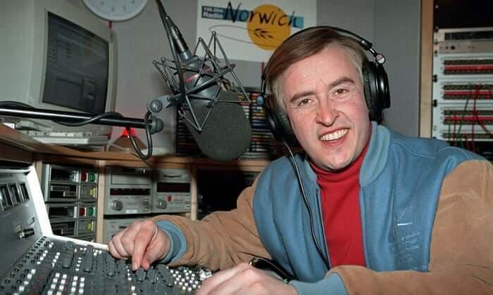 Alan Partridge in the studio