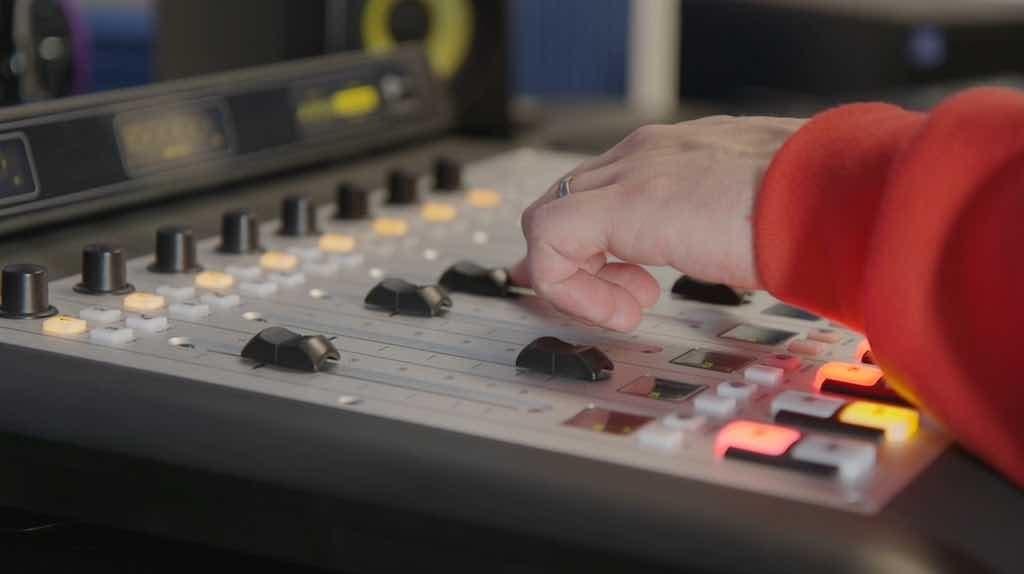 Axia iQ AoIP Mixing Console Pro Studio