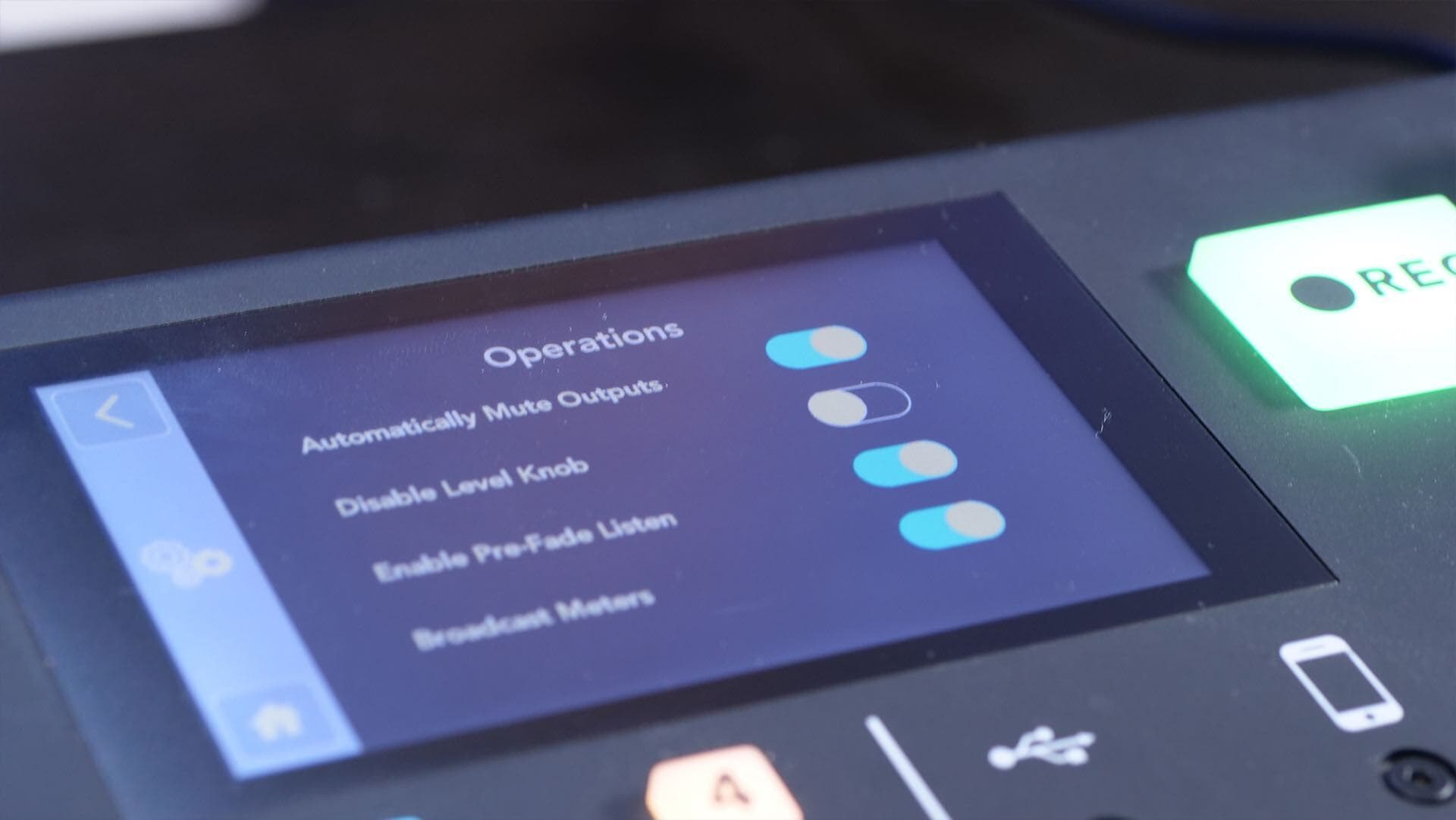 How to Broadcast Live Radio with the Rodecaster Pro Operations Settings