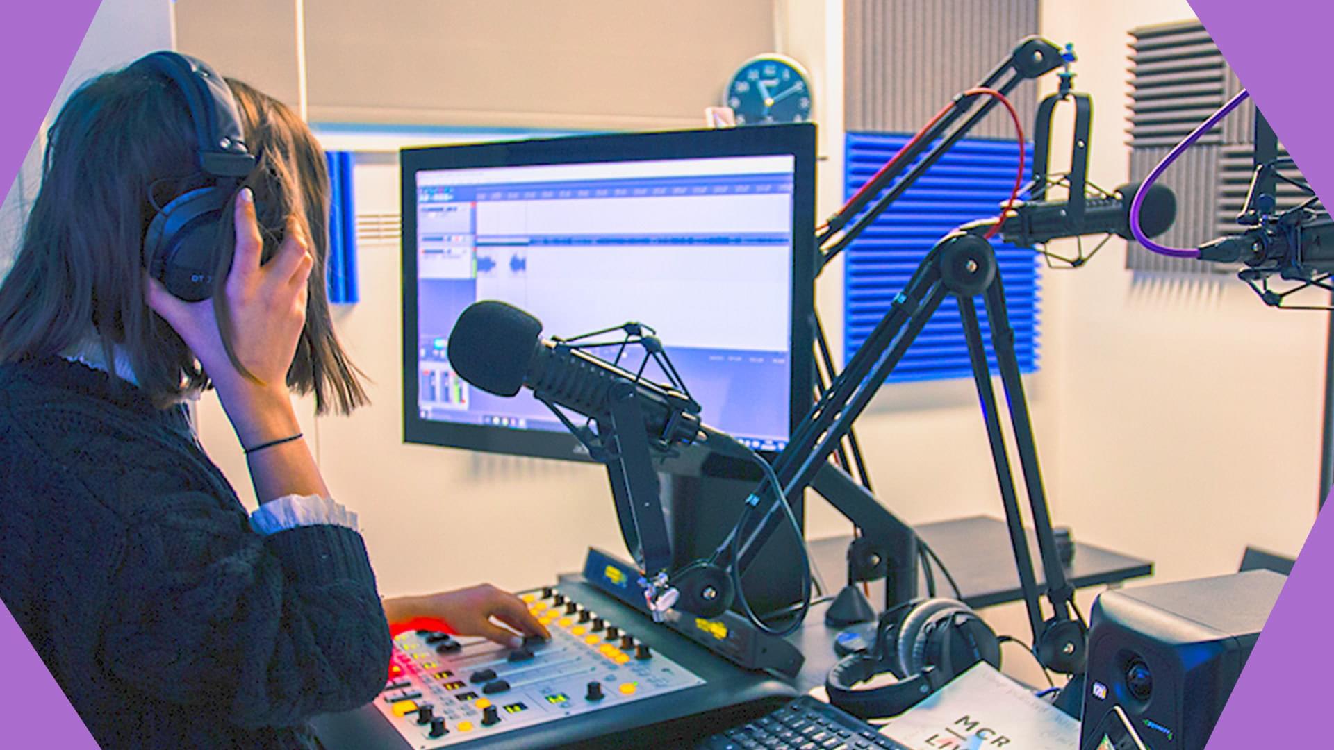 How Do I Start My Own Radio Station New Header