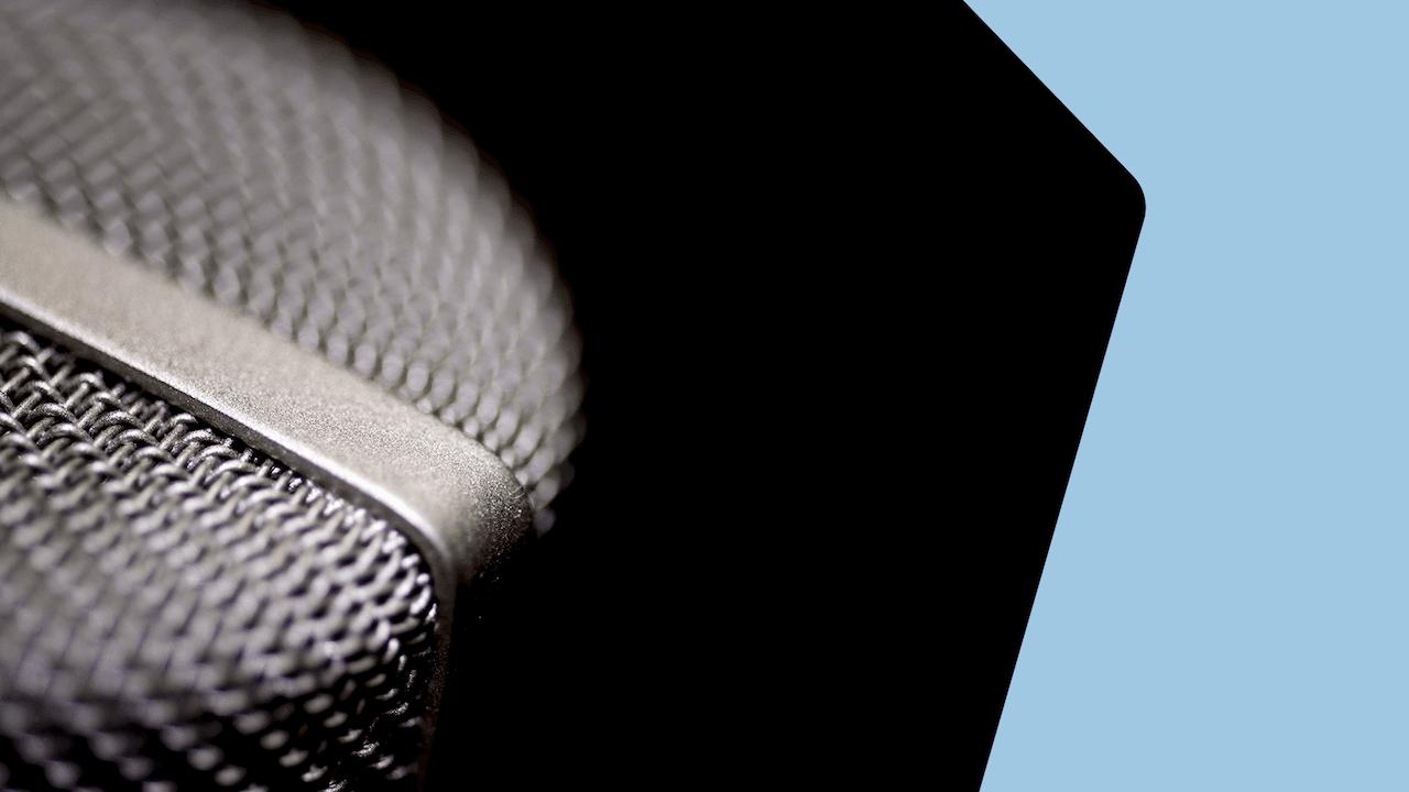 Live Radio Vs Podcasting Header