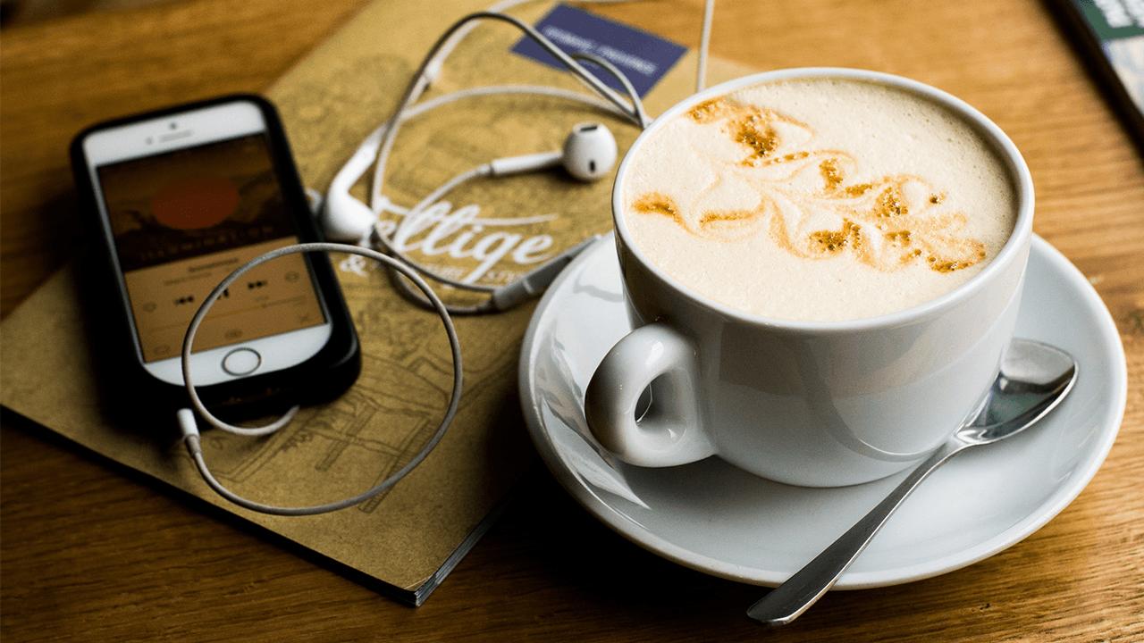 Turn Podcast Internet Radio Header
